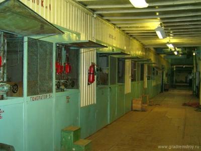 Блоки охлаждения ламп генератора на нижнем этаже