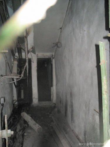 Вход в фидерный тоннель из технического здания