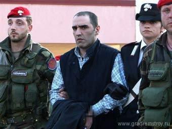 Итальянский мафиози прятался от полиции в бункере