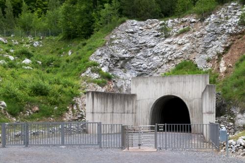 Немецкий подземный завод Mittelwerk