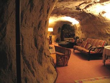 Отель-пещера — Kokopellis Cave (США)