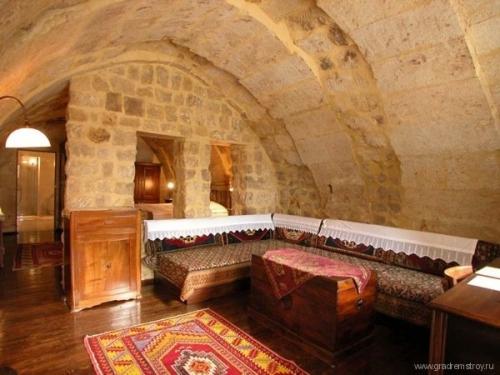 Пещерный отель Yunak Evleri в Каппадокии (Турция)