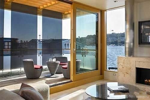 Плавучий дом Modern Marine Home