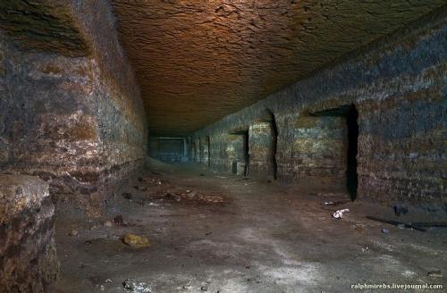 Подземный военный завод Муцура