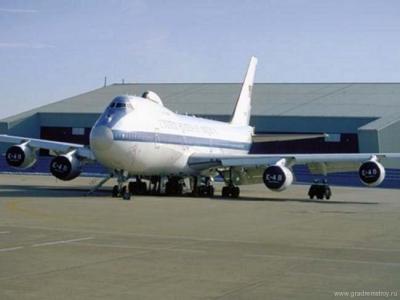 E-4A - летающий командный пункт