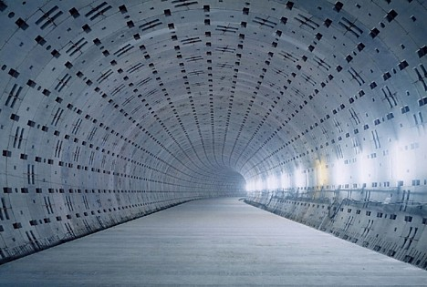 japan_secrets_of_the_tokyo_underground_01