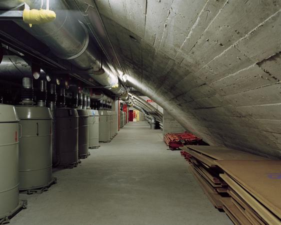Туннель-бункер Зонненберг в Швейцарии