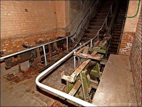 burlington_bunker_06.jpg