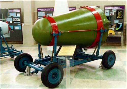 Ядерные испытания СССР