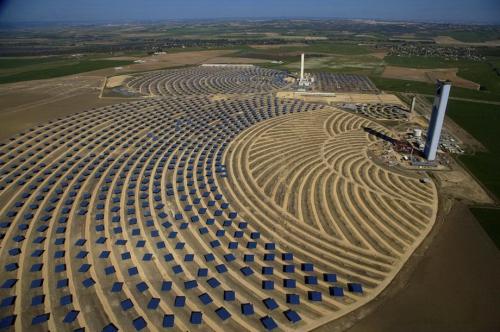 Солнечная тепловая электростанция в Санлукар-ла-Майор. Андалусия, Испания