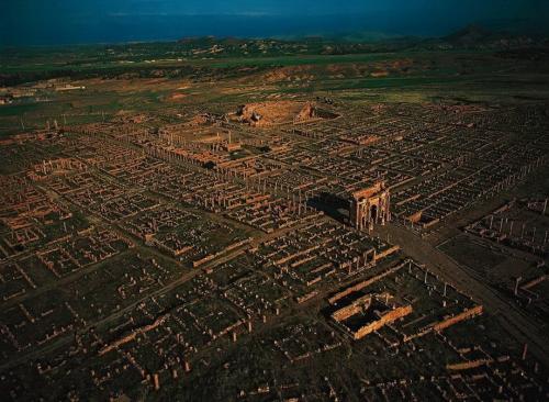 Тимгад - римский город в Северной Африке, на территории современного Алжира
