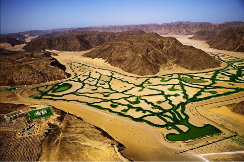 Ирригационная система в пустыне Wadi Rum, Иордания