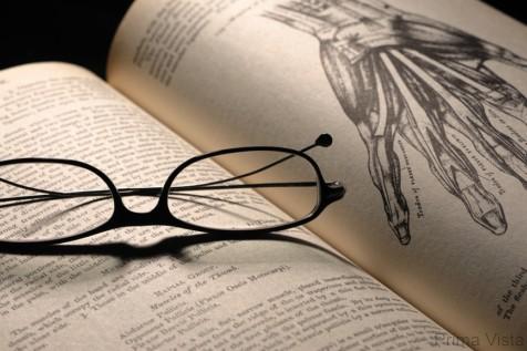 Медицинская литература -первая помощь