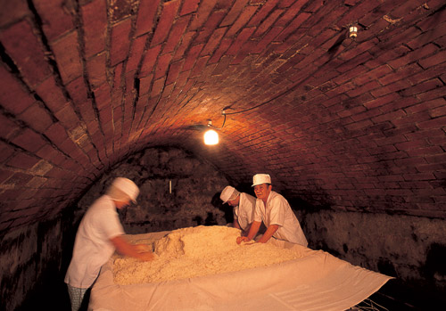 Подземная пивоварня Амано-я