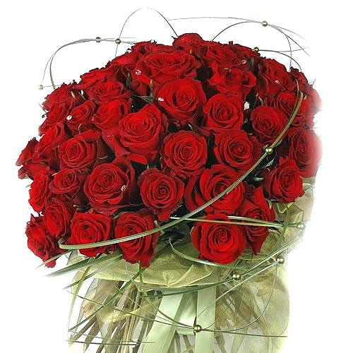Дорогие женщины поздравляем вас с 8 марта!