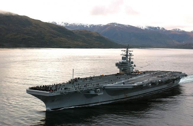 """авианосец ВМС США """"Рональд Рейган"""""""