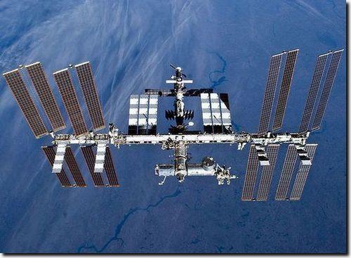 РФ задумалась о совместной с Индией и Китаем орбитальной станции