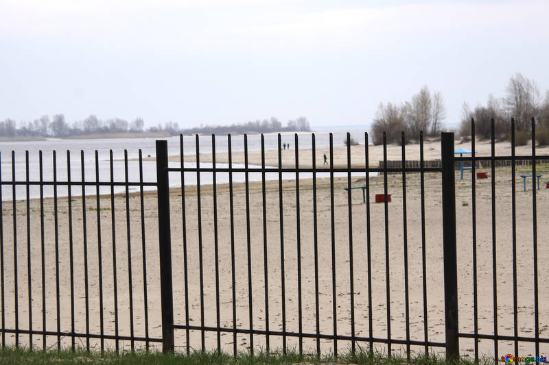 Free picture (Beach fence.) from https://torange.biz/beach-fence-5180